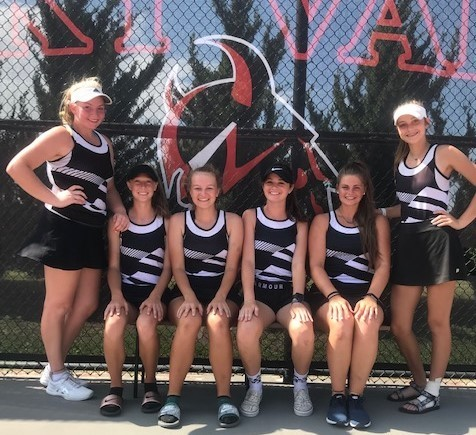 Tennis Captures Gold at Smoky Invite